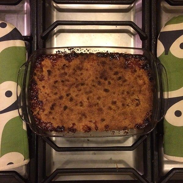 de Applecrumble komt uit de oven en is klaar om gegeten te worden, het was heel lekker!