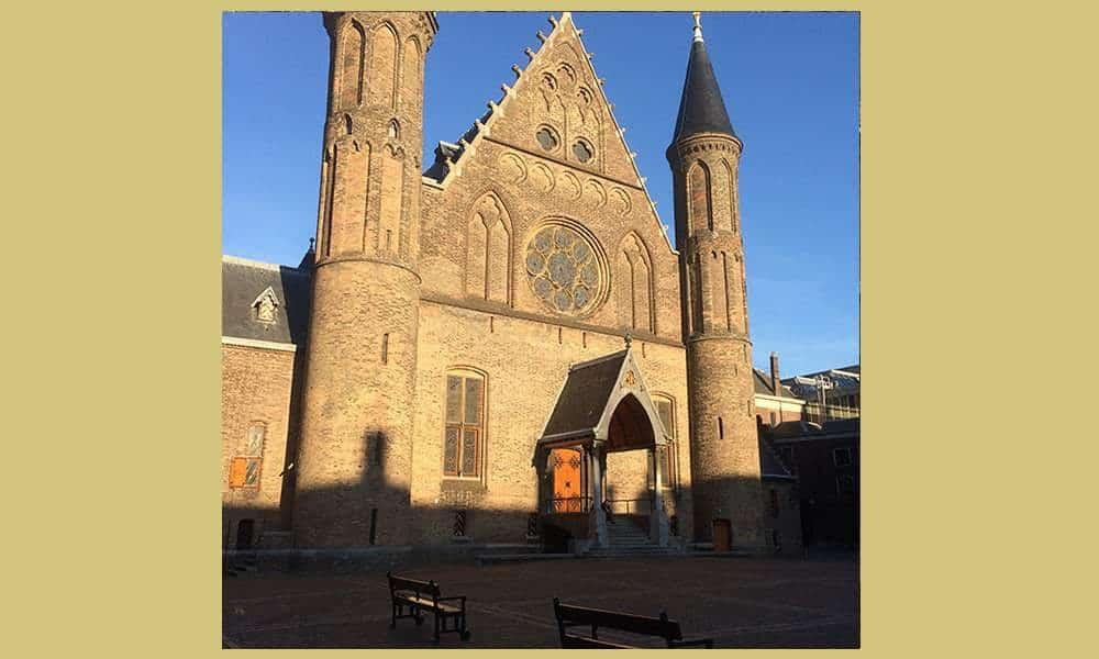 Maak nu een Koninklijke rondwandeling door mooi Den Haag