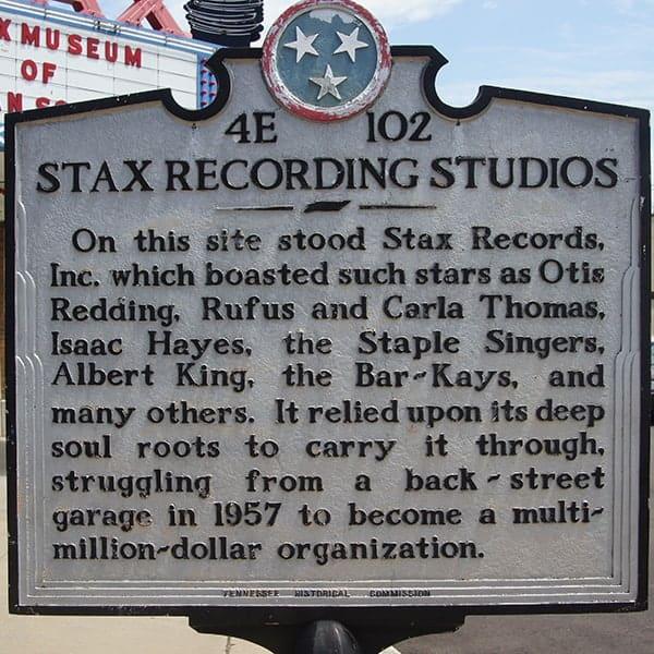 Plaquette voor de deur van de STAX recording studios in Memphis, Tennessee. STAX is het Museum of American Soul Music