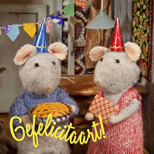 Leuke ansichtkaart met de muizen erop van Het Muizenhuis met de titel Gefelicitaart!