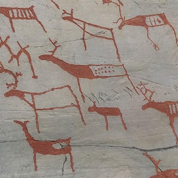 7000 jaar oude rotstekeningen in Alta in Noorwegen op onze terugreis.