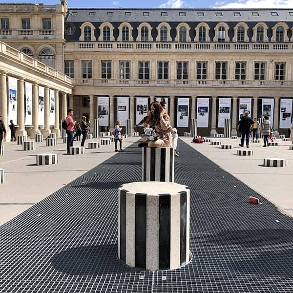 De Colonnes de Buren in het 1ste Arrondissement van Parijs