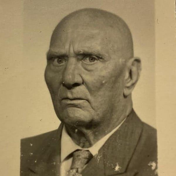 Mijn opa is slechts één van de vele kale mannen die mijn familie rijk is