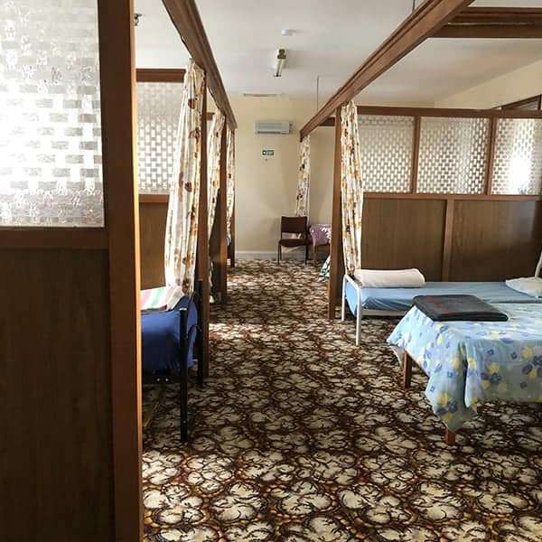 De leukste camping annex hostel, die we hebben gehad tijdens onze camperreis door Nieuw Zeeland, hier in Hokitika