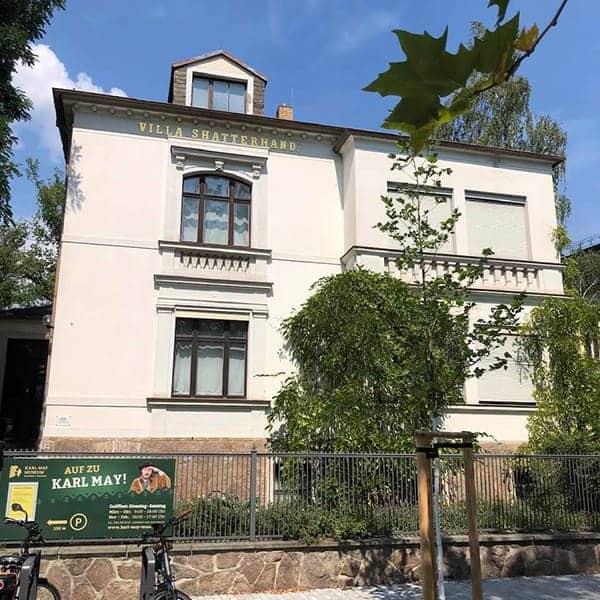 Het Karl May Museum is gevestigd in Radebeul bij Dresden