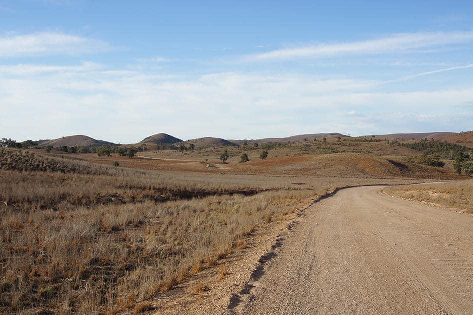 Onze reis door Australië met een camper ging ook over dirt roads, ongeplaveide wegen