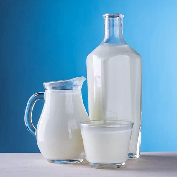 Drinken van magere melk kan de progressie van artrose van de knie bij vrouwen vertragen
