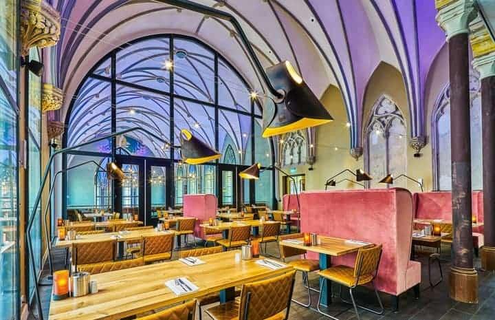 Hotel met lekker restaurant in oud klooster